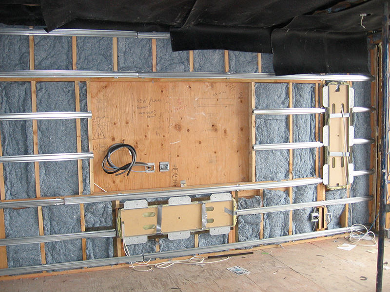 Server Room Insulation : Acoustic separation « soundsense consulting